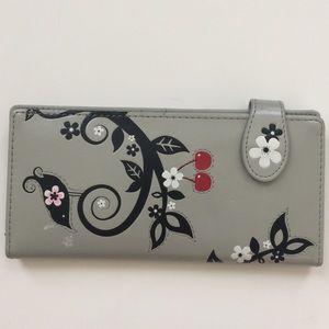 Gray Shagwear Bird Design Wallet